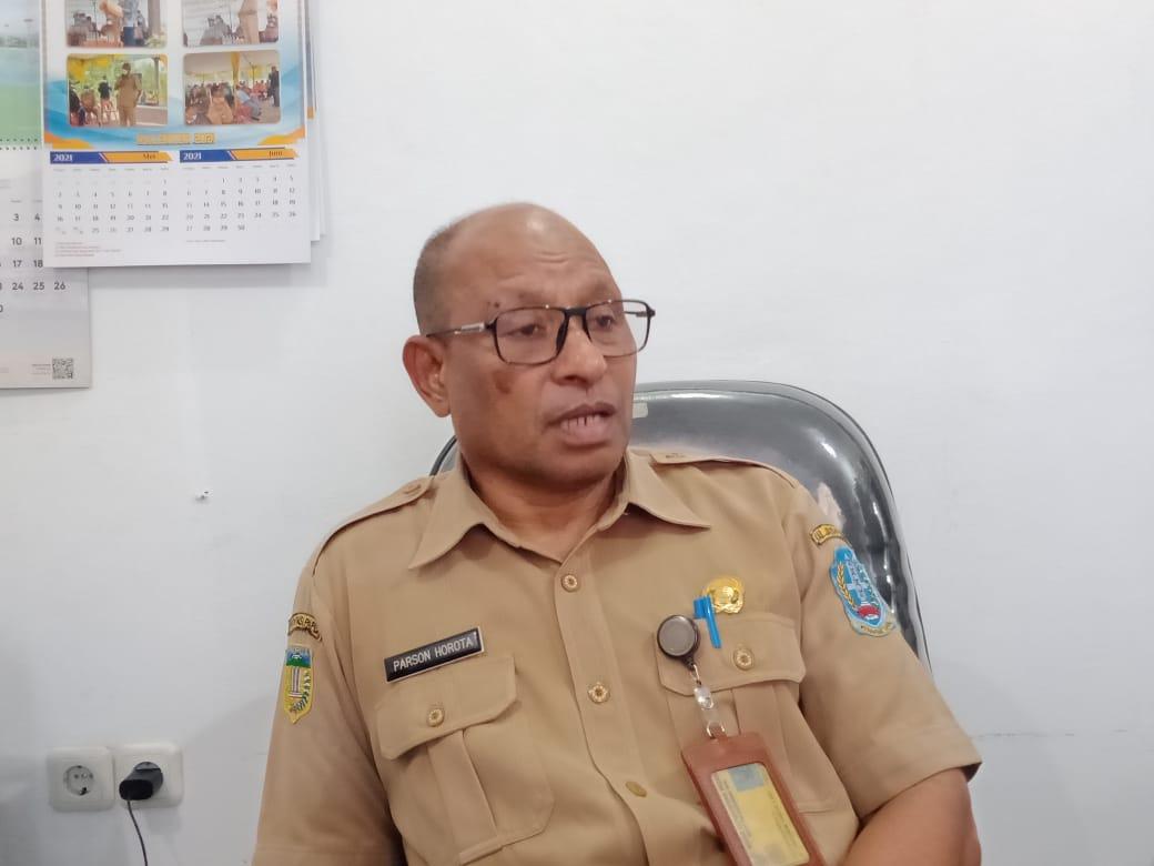 Kepala Bappeda Kabupaten Jayapura, Parson Horot