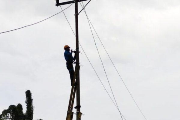 Perbaikan listrik mnokwari