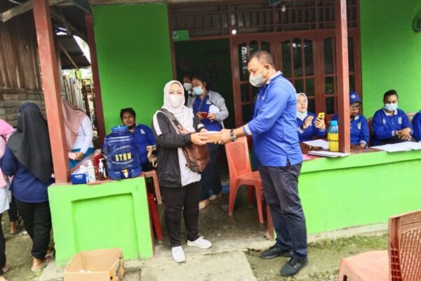 Kepala Dinas Kependudukan dan Pencatatan Sipil (Kadisdukcapil) Kabupaten Jayapura, Herald J. Berhitu.