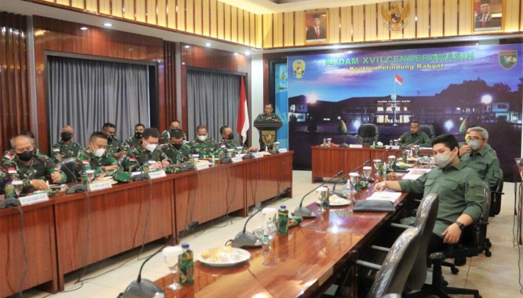 Suasana kunjungan Komisi I ke Kodam Cenderawasih. (Foto : Istimewa)